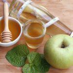 Почему надо пить яблочный уксус с мёдом
